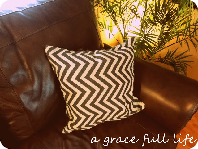I have a chevron pillow!!