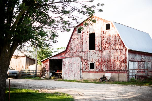 Barn in the country reminds me of home