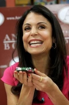 Bethenny Frankel is talking on the phone to ME!