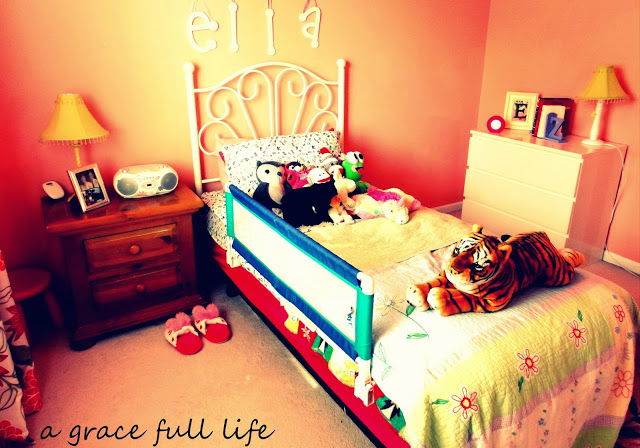 Ella's sweet little pink room