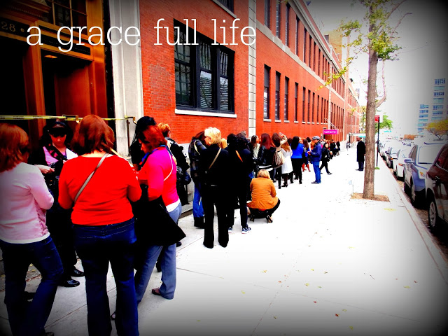 Line waiting to get in to the Bethenny Show