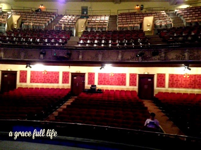 Whoa that is a theater. LTYM
