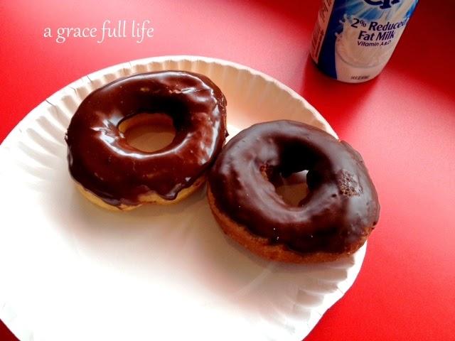 Spunky Dunker Donuts