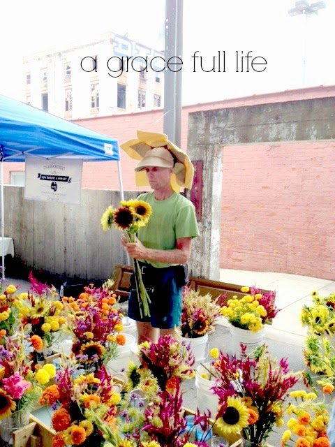 Sunflower hat guy at Chattanooga Market