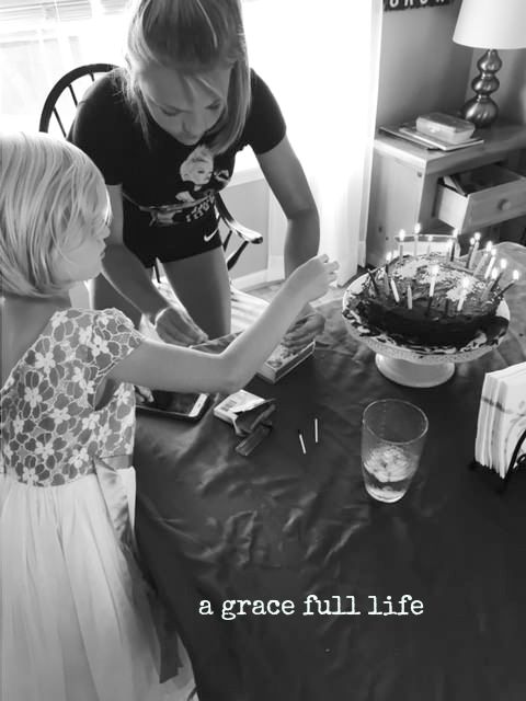 decorating daddy's cake