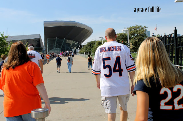 walking to the Chicago Bears game