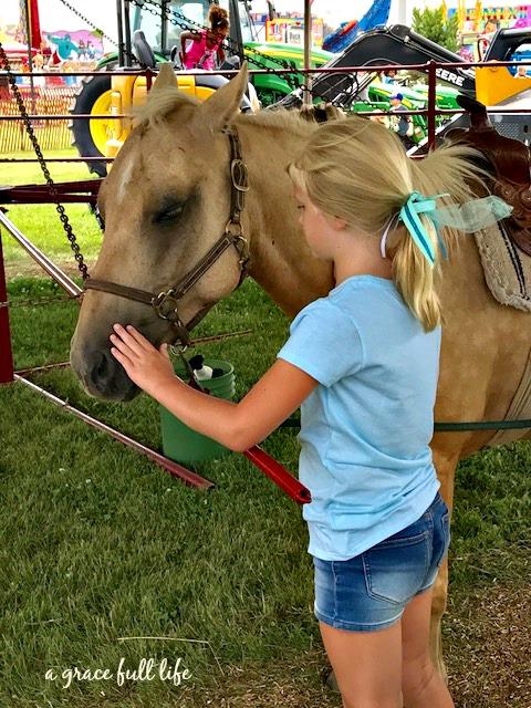 Ella, Horses, Netflix, Spon