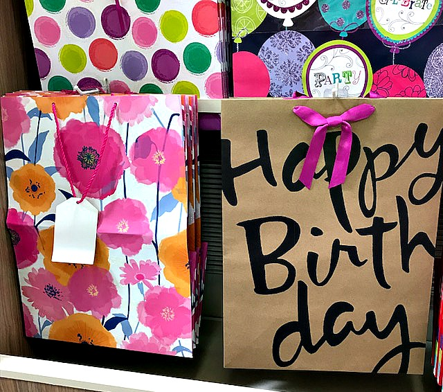 #shop, birthday, gift wrap