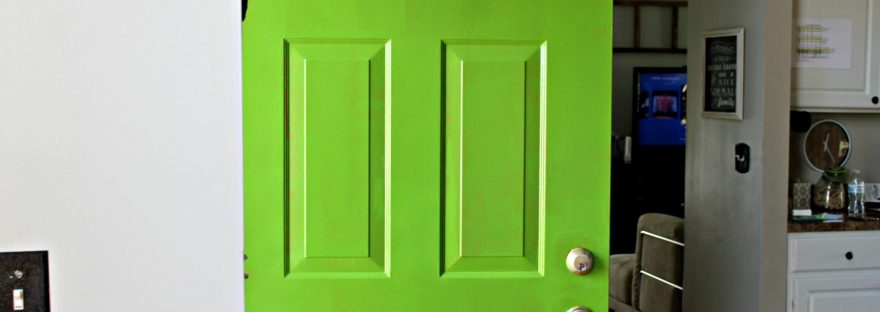 green door mirror, green paint, green front door, paradise sherwin williams, sherwin williams, painting,